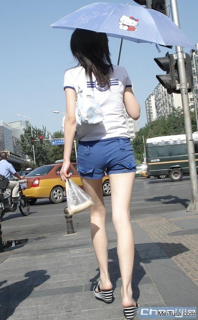 诱惑贰:又见水手服蓝色超短裤MM,大腿高、长、白 ...